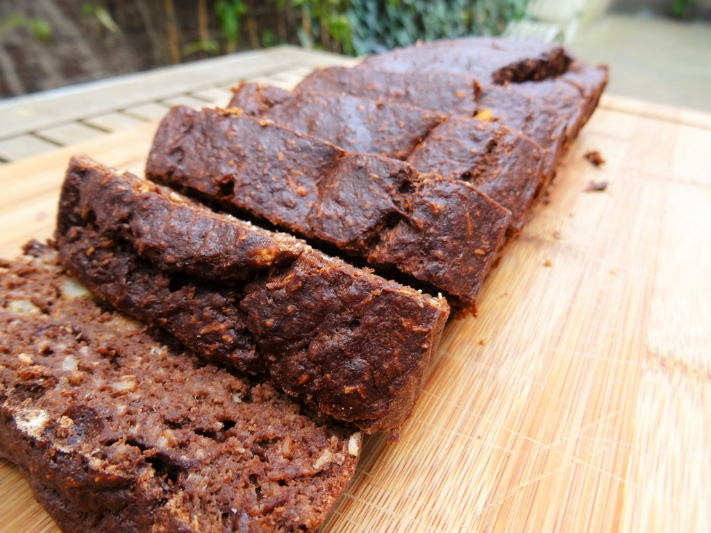 healthy chocolate bananabread