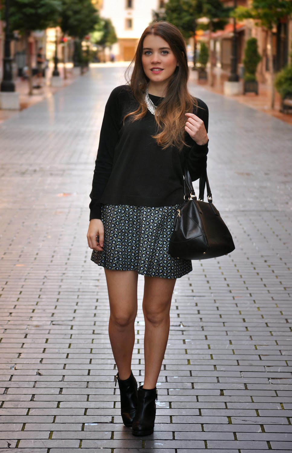 a8fa955f4e66 outfit of the day Skirt Homemade, Sweater Mango, Shoes Pull and Bear,  Necklace